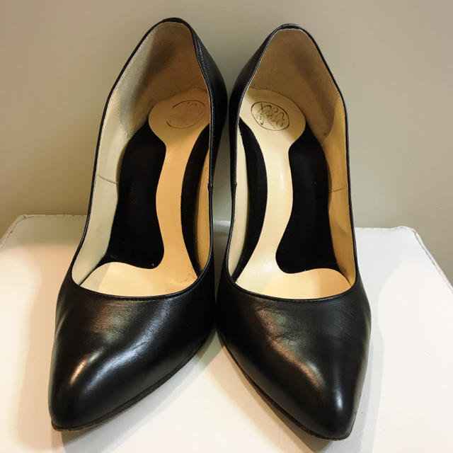 BARNEYS NEW YORK(バーニーズニューヨーク)のバーニーズニューヨーク♡ブラックレザー パンプス♡ レディースの靴/シューズ(ハイヒール/パンプス)の商品写真