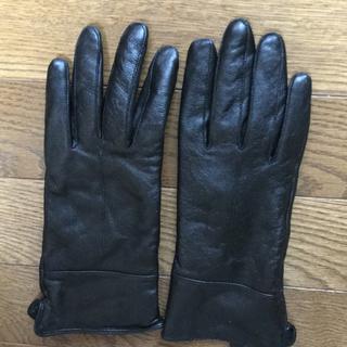 カルバンクライン(Calvin Klein)の【カルバンクライン】手袋 シープスキン 手の大き目な方に 美品(手袋)