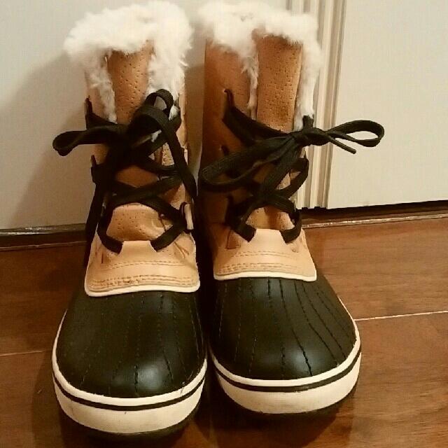 SOREL(ソレル)の廃盤 ソレル SOREL TIVOLI チボリ ベージュ 梨花着用 サイズ24 レディースの靴/シューズ(ブーツ)の商品写真
