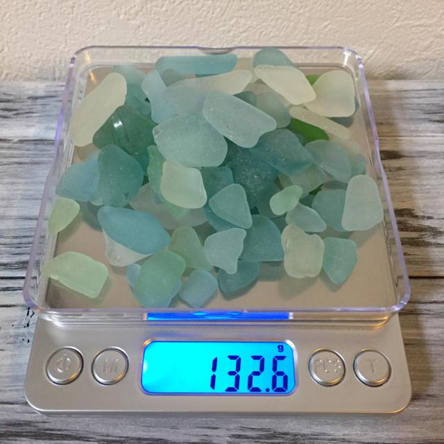 【天然】シーグラス 《ブルー系130g+ブラウン30g》 ハンドメイドの素材/材料(その他)の商品写真