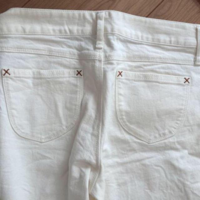 BABYLONE(バビロン)のBABYLONEホワイトデニム レディースのパンツ(デニム/ジーンズ)の商品写真