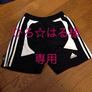 アディダス(adidas)のadidasトレーニングパンツ(ハーフパンツ)