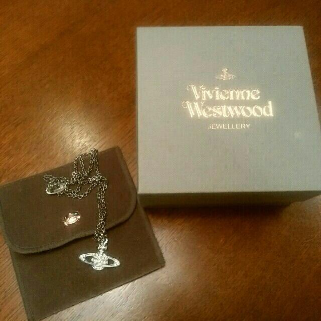 ヴィヴィアン・ウエスト・ウッド ネックレス シルバー レディースのアクセサリー(ネックレス)の商品写真