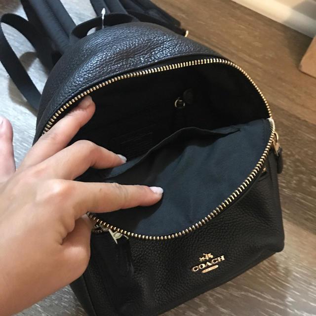 COACH(コーチ)のmaako様 専用 coachミニバックパック♡黒 レディースのバッグ(リュック/バックパック)の商品写真