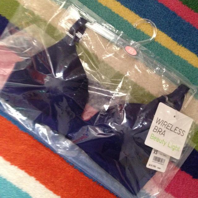 UNIQLO(ユニクロ)の新品未使用 ユニクロ ワイヤレス ブラ XS レディースの下着/アンダーウェア(ブラ)の商品写真