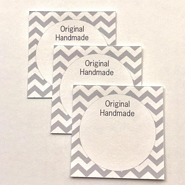 名入れ無料*シェブロン グレー ハンドメイドの素材/材料(各種パーツ)の商品写真