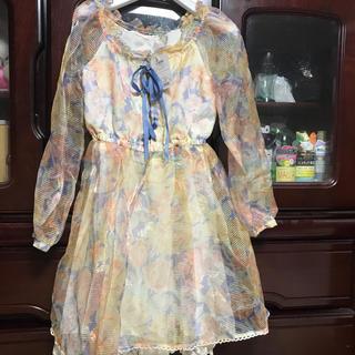 リズリサ(LIZ LISA)の新品 タグ付 定価9200+税金 花柄 オーガンジー シースルー ワンピース(ひざ丈スカート)