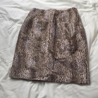 ロキエ(Lochie)のレオパード柄 タイトスカート(ひざ丈スカート)