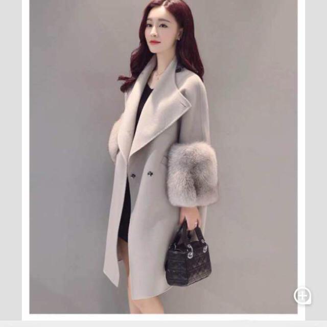 美品♡グレー ロングコート アウター レディースのジャケット/アウター(ロングコート)の商品写真