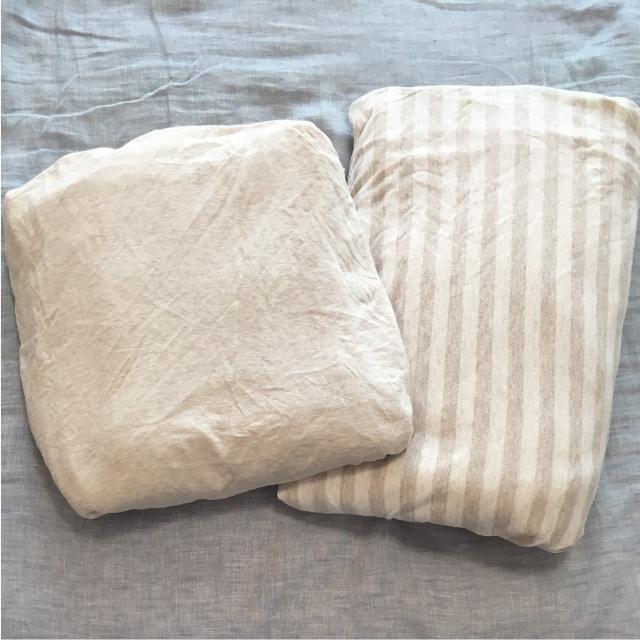MUJI (無印良品)(ムジルシリョウヒン)の無印良品 掛け布団カバー 敷布団カバー オーガニックコットン ボーダー ベージュ インテリア/住まい/日用品の寝具(シーツ/カバー)の商品写真