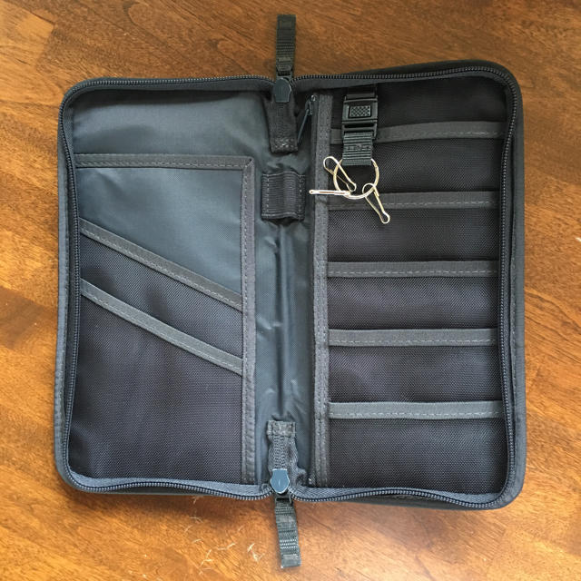 MUJI (無印良品)(ムジルシリョウヒン)の無印良品 パスポートケース