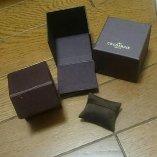 ココシュニック(COCOSHNIK)のCOCOSHNIK 箱のみ(ショップ袋)