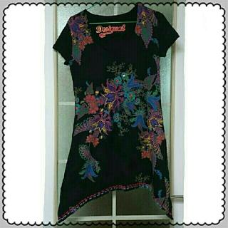 デシグアル(DESIGUAL)のDesigual黒Tシャツ(Tシャツ(半袖/袖なし))