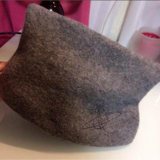 ヴィヴィアンウエストウッド(Vivienne Westwood)のヴィヴィアン 帽子 ハット 猫耳(ニット帽/ビーニー)