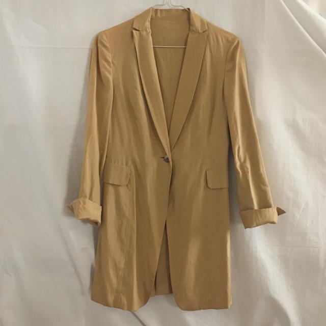 TOMORROWLAND(トゥモローランド)の【TOMORROWLAND】チェスタージャケット(ゴールド、38サイズ) レディースのジャケット/アウター(チェスターコート)の商品写真