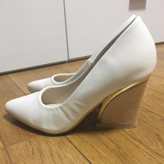 Rew de Rew(ルーデルー)の白パンプス レディースの靴/シューズ(ハイヒール/パンプス)の商品写真