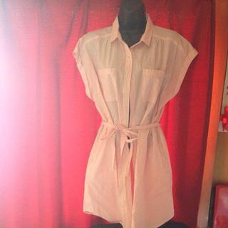 ジーユー(GU)のg.u. ピンクストライプシャツ(シャツ/ブラウス(半袖/袖なし))