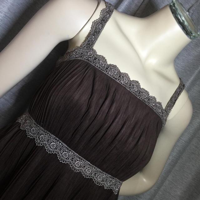 Dizzy◆ブラウンレース刺繍スエード調プリーツキャミドレス レディースのスカート(ひざ丈スカート)の商品写真