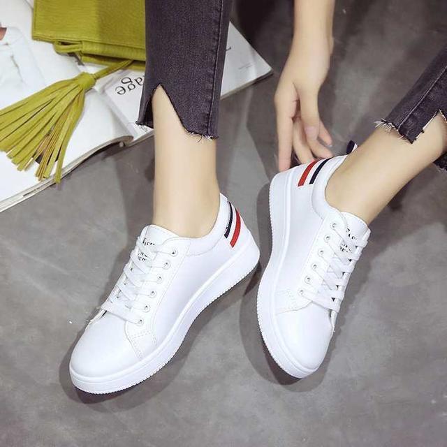 【23.5cm】トリコロール キャンバス スニーカー レディース 白 レディースの靴/シューズ(スニーカー)の商品写真