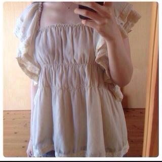 シェル(Cher)のcher bianca フリルブラウス(シャツ/ブラウス(半袖/袖なし))