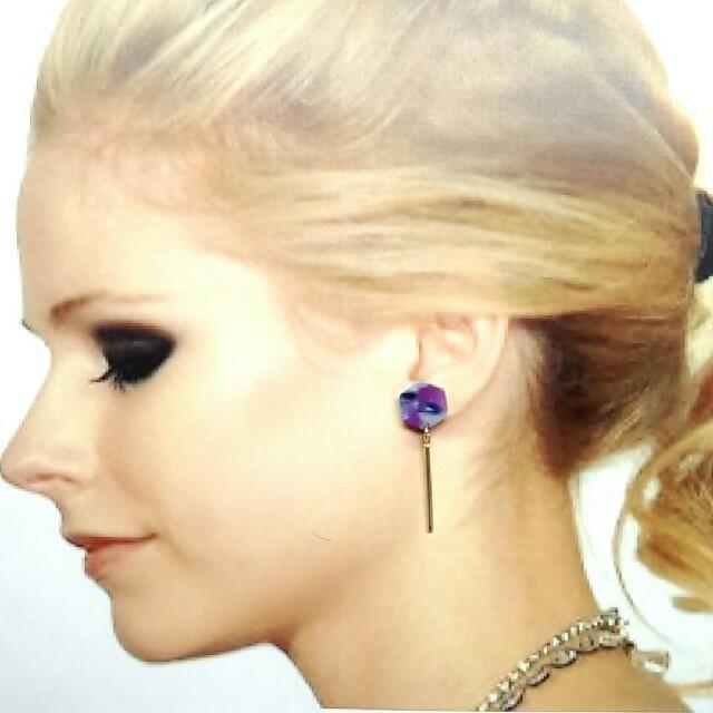 S219 紫ブルーべっこう・ゴールドスティック 貼るピアス ハンドメイドのアクセサリー(ピアス)の商品写真