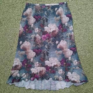 クリック(Click)の花柄スカート  美品(ひざ丈スカート)