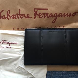 サルヴァトーレフェラガモ(Salvatore Ferragamo)の新品フェラガモ バック高級(セカンドバッグ/クラッチバッグ)