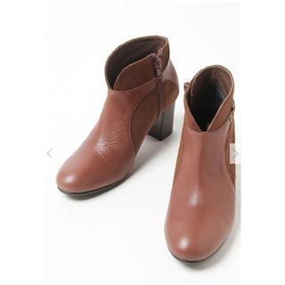 サヴァサヴァ(cavacava)の【新品未使用】cava cava 本革ショートブーツ 22.5センチ(ブーツ)