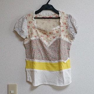 フェリシモ(FELISSIMO)のspica Tシャツ(Tシャツ(半袖/袖なし))