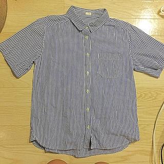 ジーユー(GU)のストライプ シャツ 半袖(シャツ/ブラウス(半袖/袖なし))
