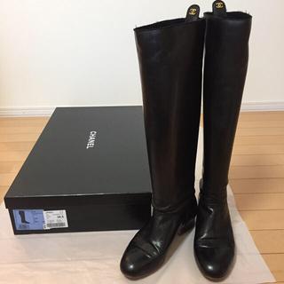 シャネル(CHANEL)のお値下げCHANEL ロングブーツ ブラック サイズ381/2(ブーツ)