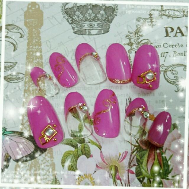 ピンクフレンチネイル♥ ハンドメイドのアクセサリー(ネイルチップ)の商品写真