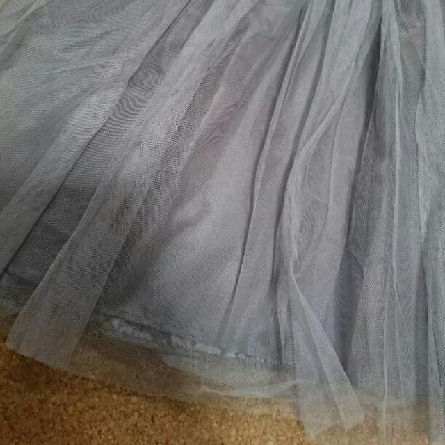 グレー チュールスカート レディースのスカート(ひざ丈スカート)の商品写真