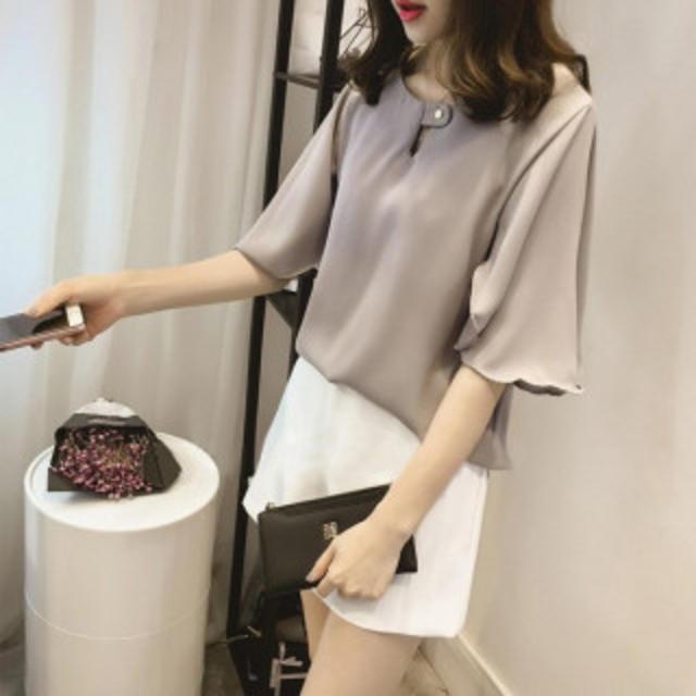 【大人気万能コーデ】フレアスリーブ シフォン ブラウス グレー、白 Mサイズ レディースのトップス(Tシャツ(長袖/七分))の商品写真
