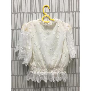 ミスティウーマン(mysty woman)の花柄Tシャツ(Tシャツ(半袖/袖なし))