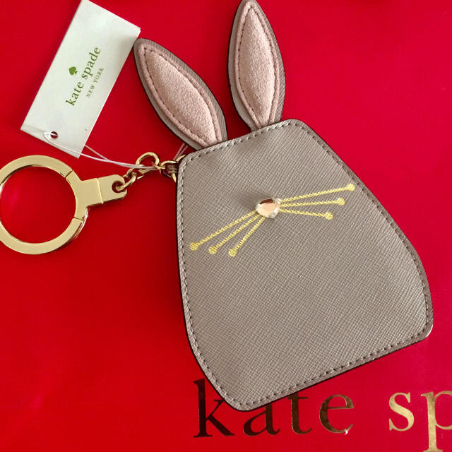 d0a3619e9fe05c kate spade new york - 10月新作♤ しっぽが可愛い!!うさぎのキー ...