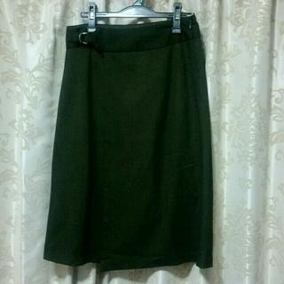 ジーユー(GU)のgu ラップスカート カーキ XL 冬素材 グリーン系(ひざ丈スカート)