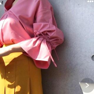 ルシェルブルー(LE CIEL BLEU)のベルーンスリーブピンクシャツ ayumiさん(Tシャツ(長袖/七分))