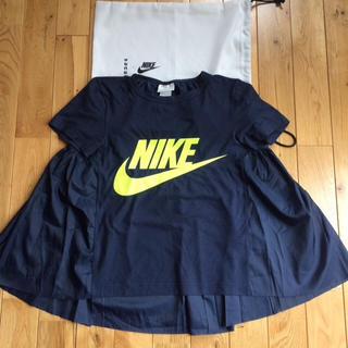 サカイ(sacai)のナイキ × サカイ バックフリル フレア Tシャツ(Tシャツ(半袖/袖なし))
