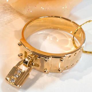 K18 天然ダイヤモンド ベルト 錠 モチーフ リング(リング(指輪))
