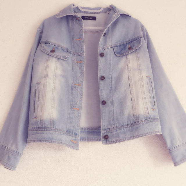 CECIL McBEE(セシルマクビー)の❤︎美品❤︎ デニムジャケット ライトブルー レディースのジャケット/アウター(Gジャン/デニムジャケット)の商品写真