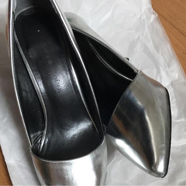MERCURYDUO(マーキュリーデュオ)のMERCURYDUO  シルバー パンプス レディースの靴/シューズ(ハイヒール/パンプス)の商品写真