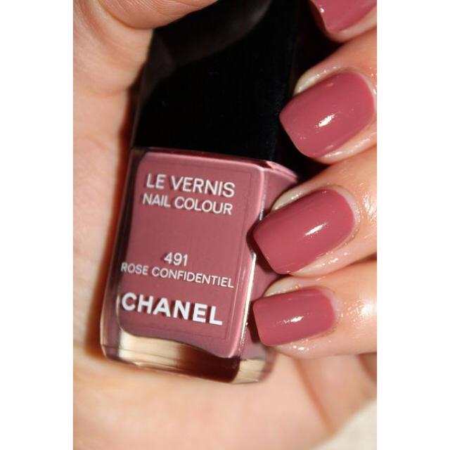 CHANEL(シャネル)のCHANEL ヴェルニ ロングトゥニュ ネイルエナメル491 コスメ/美容のネイル
