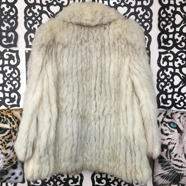 本物 高級 ブルーフォックス毛皮 39 レディースのジャケット/アウター(毛皮/ファーコート)の商品写真