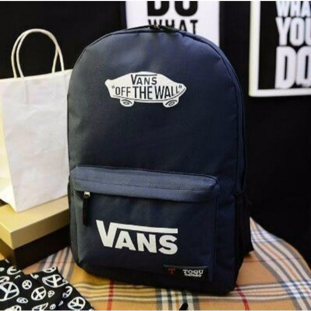 ☆新品 VANS/バンズ リュック バックパック ネイビー・ホワイトロゴ レディースのバッグ(リュック/バックパック)の商品写真