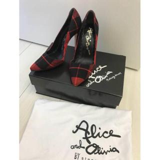 アリスアンドオリビア(Alice+Olivia)のアリスアンドオリビア レッドブラックチェックパンプス36サイズ(ハイヒール/パンプス)