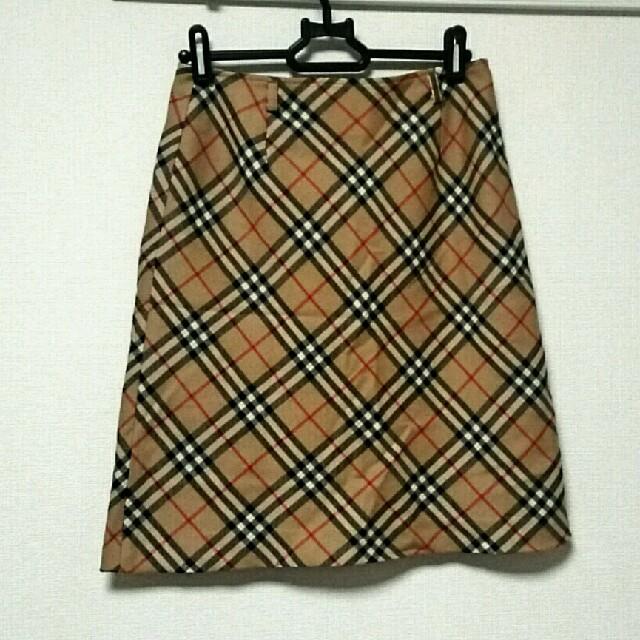 BURBERRY(バーバリー)のバーバリーブルーレーベル レディース チェック柄スカート レディースのスカート(ひざ丈スカート)の商品写真