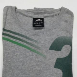アディダス(adidas)のadidas半袖シャツ(Tシャツ/カットソー(半袖/袖なし))
