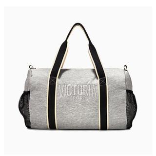 ヴィクトリアズシークレット(Victoria's Secret)の【新品】大型ボストンバッグ・スポーツバッグ(ボストンバッグ)