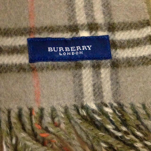 BURBERRY(バーバリー)のバーバリー 厚手ウール 大判ストール ひざ掛け カーキ グレーチェック レディースのファッション小物(ストール/パシュミナ)の商品写真